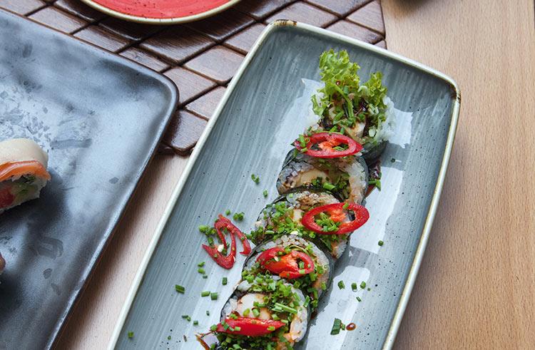 261_WI_EAT_Na_Sushi
