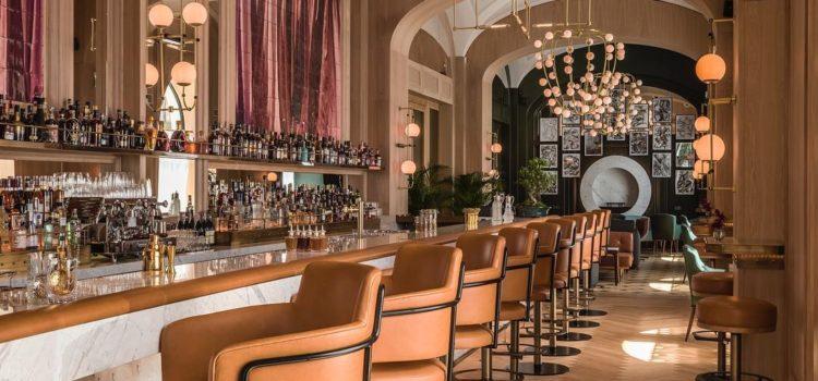 Raffles Long Bar