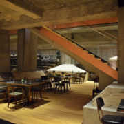 Notes: Restauracja Warszawska