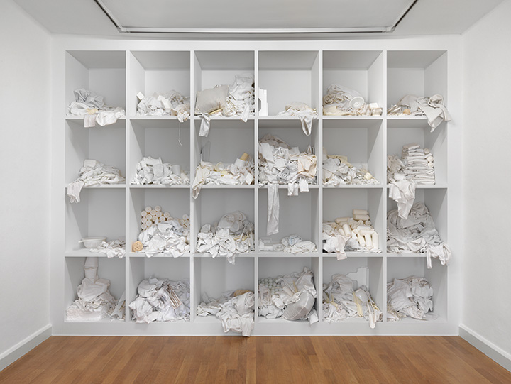 Thomas Rentmeister, Untitled, 2015, wood, wall paint, various materials (incl. laundry, plastic parts, candles, Styrofoam) 274x375x57cm, exhibition view from Städtische Galerie Delmenhorst, photo Bernd Borchardt, (courtesy of Thomas Rentme)